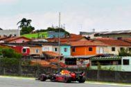 Verstappen, durante la sesión clasificatoria en Interlagos.