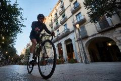 ¿Por qué medio pelotón del Tour vive en Girona?