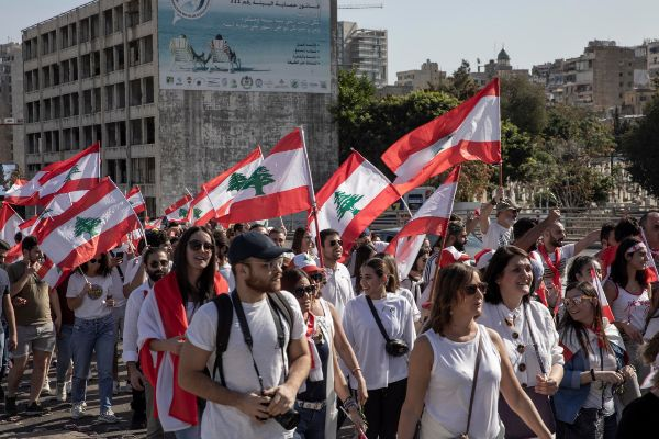 Beirut (<HIT>Lebanon</HIT>).- Lebanese protesters shout slogans and...