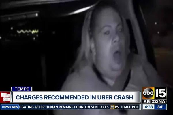 La operaria de Uber, en el momento del atropello