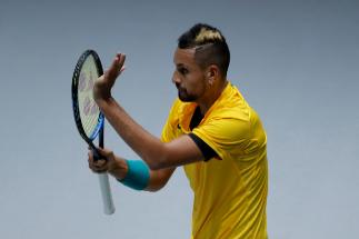 Kyrgios ya está aquí: pique con la grada de Colombia y victoria en su debut en la Copa Davis