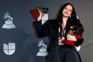 Las Vegas (United States).- <HIT>Rosalia</HIT> poses with the Best Album of the Year, Best Contemporary Pop Vocal Album, and Best Urban Song awards in the press room during the 20th annual Latin Grammy Awards ceremony at the MGM Grand Garden Arena in Las Vegas, Nevada, USA, 14 November 2019. The Latin Grammys recognize artistic and/or technical achievement, not sales figures or chart positions, and the winners are determined by the votes of their peers - the qualified voting members of the Latin Recording Academy. (Estados Unidos) EPA/
