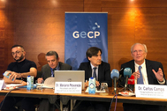 Los doctores Enric Carcereny, Bartomeu Massuti, Mariano Provencio y Carlos Camps, ayer.