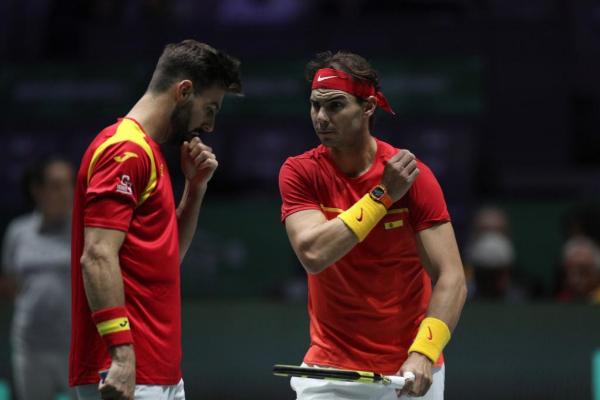 Rafa Nadal y Marcel Granollers durante el partido de dobles de la Copa...