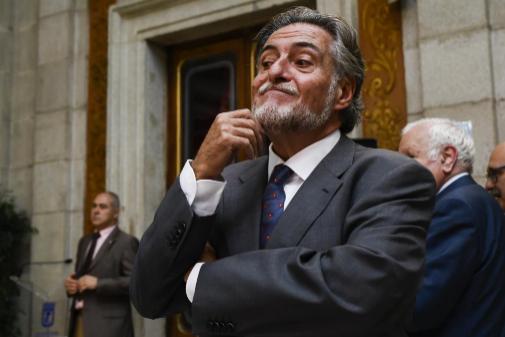 Pepu Hernández se rebela ante el PSOE y rechaza que la basura de Alcalá vaya a Valdemingómez