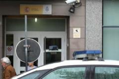 La Policía abate a un estadounidense que intentó agredir a los agentes  en una comisaría de Sevilla
