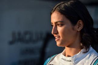 Reema Juffali, la primera mujer saudí que disputa una carrera de coches en su país