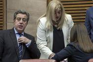 Los representantes de Vox en las Cortes Valencianas.