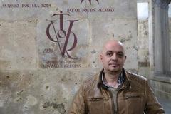 El poeta y catedrático de la Universidad de Salamanca, J. A. González Iglesias.