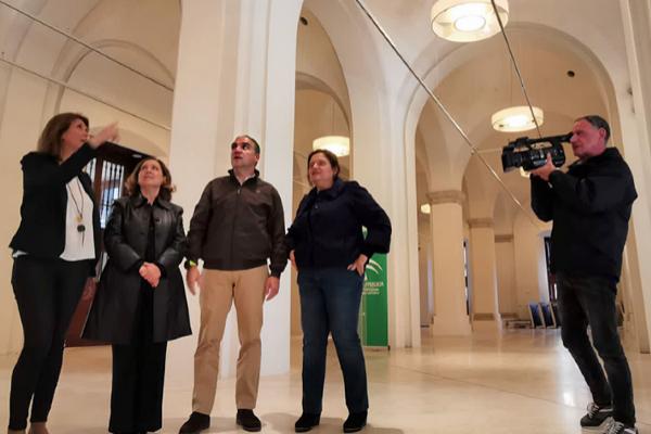 Una nueva sala del Museo de la Aduana de Málaga llevará el nombre del fallecido pintor Eugenio Chicano