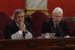 Los fiscales Javier Zaragoza y Fidel Cadena, durante el juicio del 1-O en el Supremo.