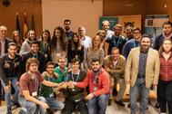 Participantes y profesores de la UPO durante la celebración del concurso.