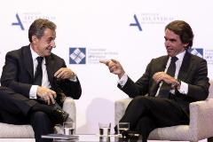 Nicolas Sarkozy y José María Aznar, este lunes en Madrid.