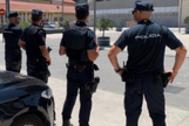 Efectivos de la Policía Nacional en Málaga en una imagen de archivo.