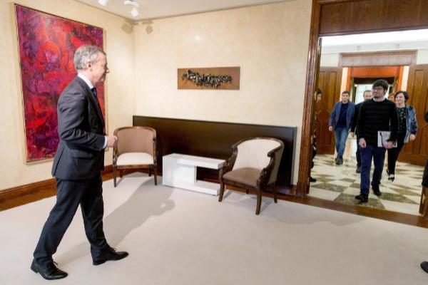 El 'lehendakari' Íñigo Urkullu recibe al portavoz parlamentario de...