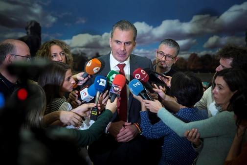 El diputado y portavoz de Vox en el Ayuntamiento, Javier Ortega Smith,...