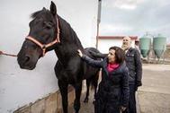 Margarita Robles, la semana pasada durante la visita al Centro de Cría Caballar, al Archivo General Militar de Ávila y a la Escuela Nacional de Policía.