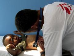 En el África subsahariana se producen cada año más de 300 infeciones infantiles de VIH.