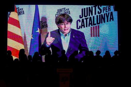 El ex presidente de la Generalitat, Carles Puigdemont, en una...