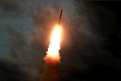 Imagen de la cadena KCTV del lanzamiento de uno de los misiles.