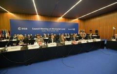 Los ministros europeos con competencias espaciales, durante las negociaciones