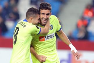 Pleno de victorias del Sevilla, liderato 'in extremis' del Espanyol y paso adelante del Getafe