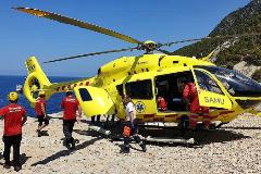 El helicóptero del 061 durante una operación de emergencia en una imagen de archivo.