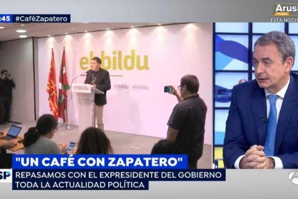José Luis Rodríguez Zapatero, en un momento de la entrevista de este...