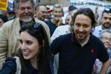 Pablo e Irene acudieron a la manifestación por el clima en septiembre con su hija Aitana
