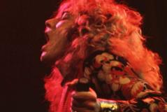 Robert Plant durante un concierto