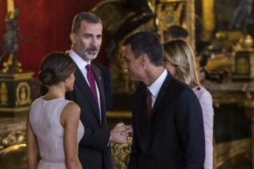 La negociación de Pedro Sánchez con Podemos y ERC dispara los recelos en Zarzuela