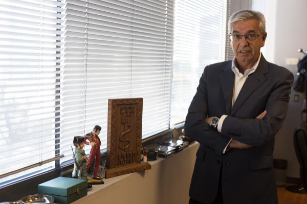 El coronel de la Guardia Civil Manuel Sánchez Corbí, en el despacho...