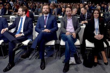 """Arrimadas pide a  Sánchez una reunión PP, PSOE y Cs  para """"un gobierno   constitucionalista"""""""