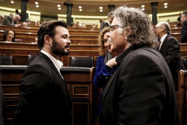 Los republicanos catalanes Gabriel Rufián y Joan Tardà.
