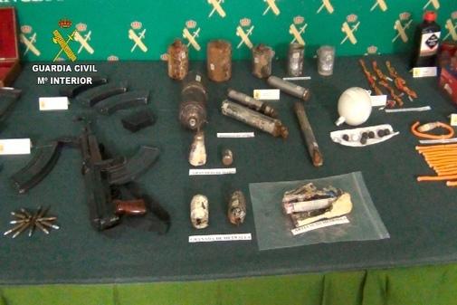 Parte de las armas intervenidas por la Guardia Civil en Miranda de...
