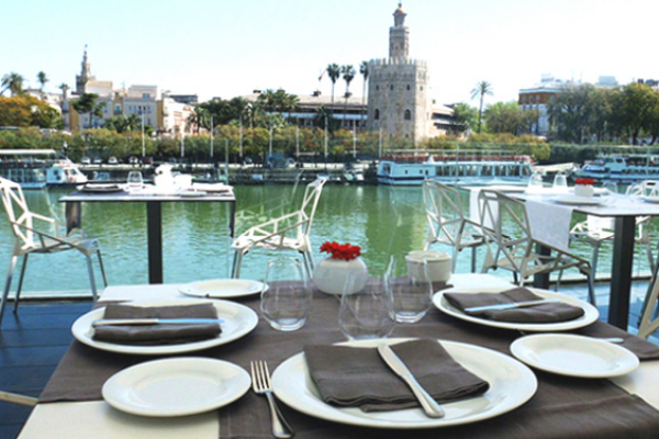 Octubre se convierte en el mejor mes turístico del año para Sevilla, por encima de la primavera
