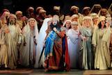 El tenor Plácido Domingo durante el ensayo general ópera de Verdi 'Nabucco'.