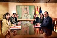 Los representantes de ERC, PSOE y PSC, en la reunión que han mantenido en la tarde de este martes.