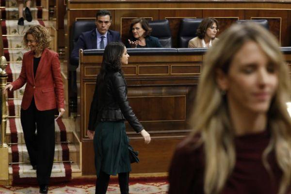 Meritxell Batet, Inés Arrimadas y Cayetena Álvarez de Toledo, este...