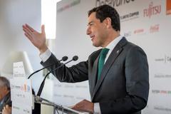 El presidente de la Junta, Juanma Moreno, en una conferencia con motivo del primer aniversario del 2D.