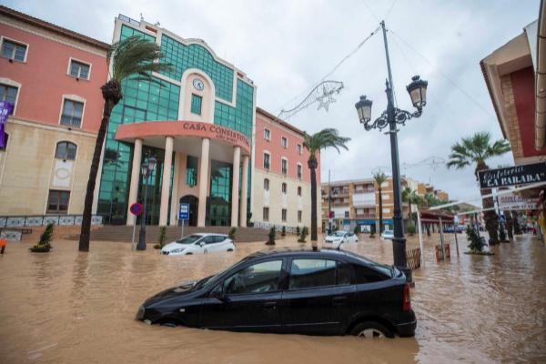 La localidad murciana de Los Alcázares, de nuevo afectada por graves...