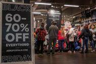 Anuncio del Black Friday en Los Ángeles