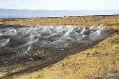 Sistema de irrigación de cultivos