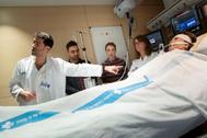 Audrey, en la UCI del hospital de la Vall d'Hebron, en Barcelona.