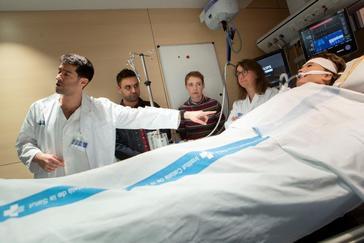 Una mujer 'revive' tras permanecer más de seis horas en parada cardíaca