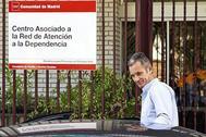 Iñaki Urdangarin sale del Hogar Don Orione donde hace labores de voluntariado, mientras cumple condena en la carcel de Brieva (Ávila).