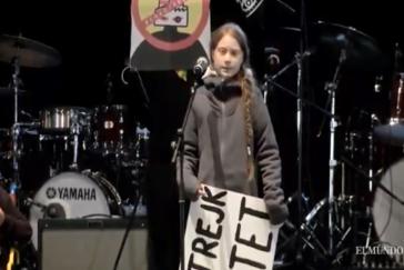 """Madrid alza la voz ante la urgencia climática: """"No hay planeta B"""""""