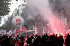 """El Gobierno francés se reafirma: """"Si no se hace ahora la reforma, la hará otro y será brutal"""""""
