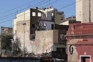 El bloque semiderruido en Badalona.