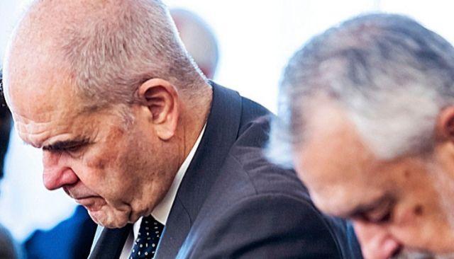 Los expresidentes andaluces Chaves y Griñán, en el banquillo.